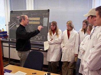 Wissenschaft erleben organische chemie vom naturstoff for Ingenieur materialwissenschaften